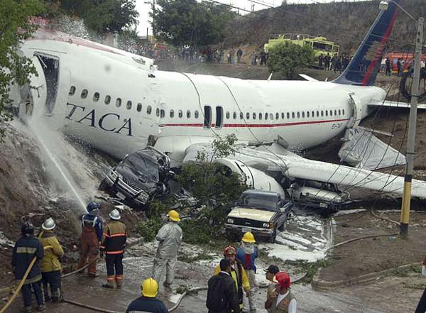 aircraft plane crashes