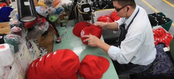 new era fitted hat cap manufacturing
