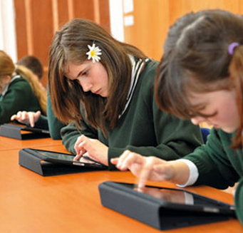 technology in the classroom computer ipad statistics