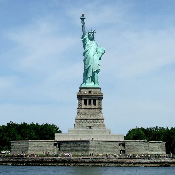 statue of liberty statistics